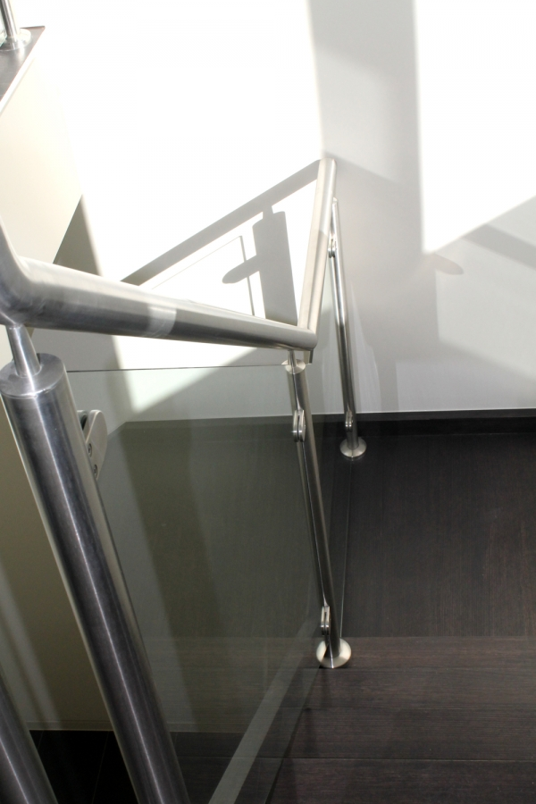 Stairwell-with-stainless-ha